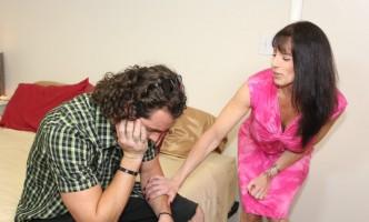 Stepmom reassures her stepson after he gets dumped