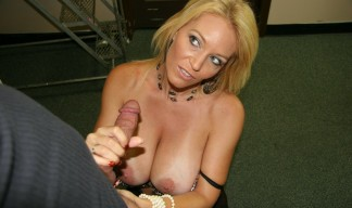 MILF Charlee Chase wants the painter to cum on her tits