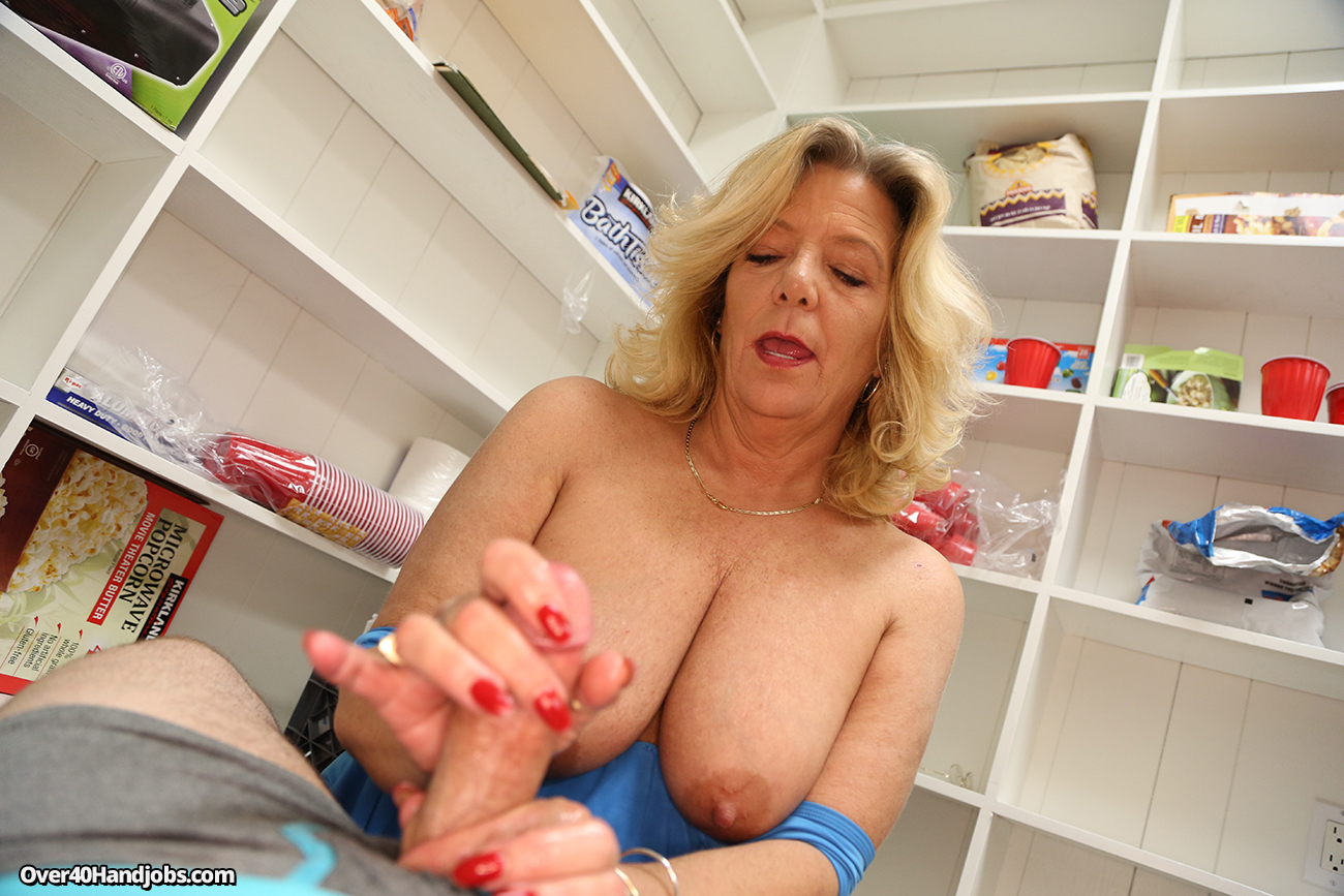 Mature Blonde Giving A Handjob Stepmom Jerking Off Her Step Son Babe With Big Tits
