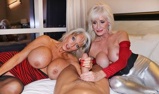 Sally D'Angelo one busty milf with Leah La mour