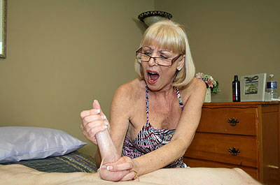 Margo sullivan and stacie starr 4
