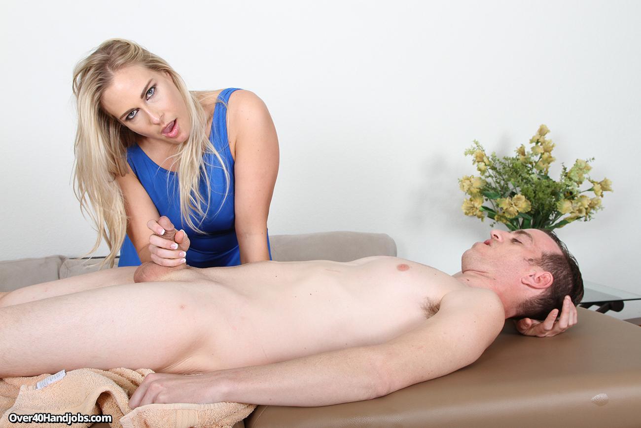 sauna-massazh-eroticheskie