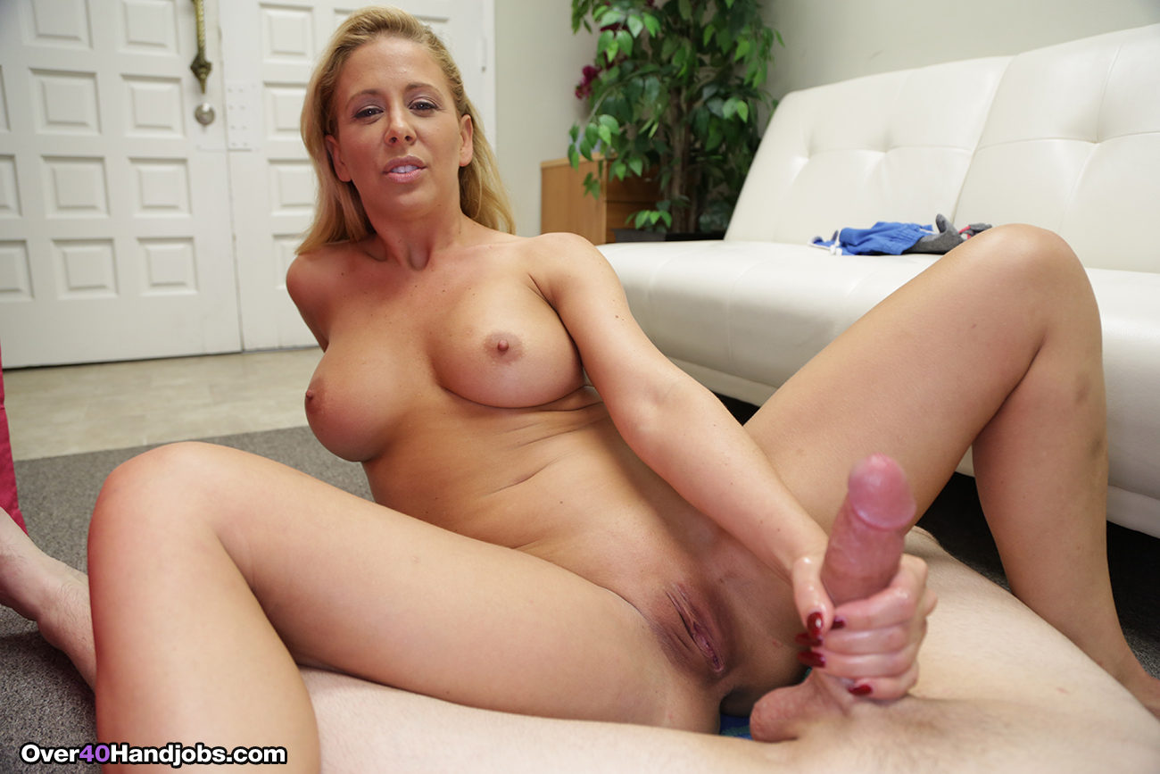 Hot Big Ass Latina Milf Step Mom Family Fucked By Inexperienced Step Son Next To His Willing Father