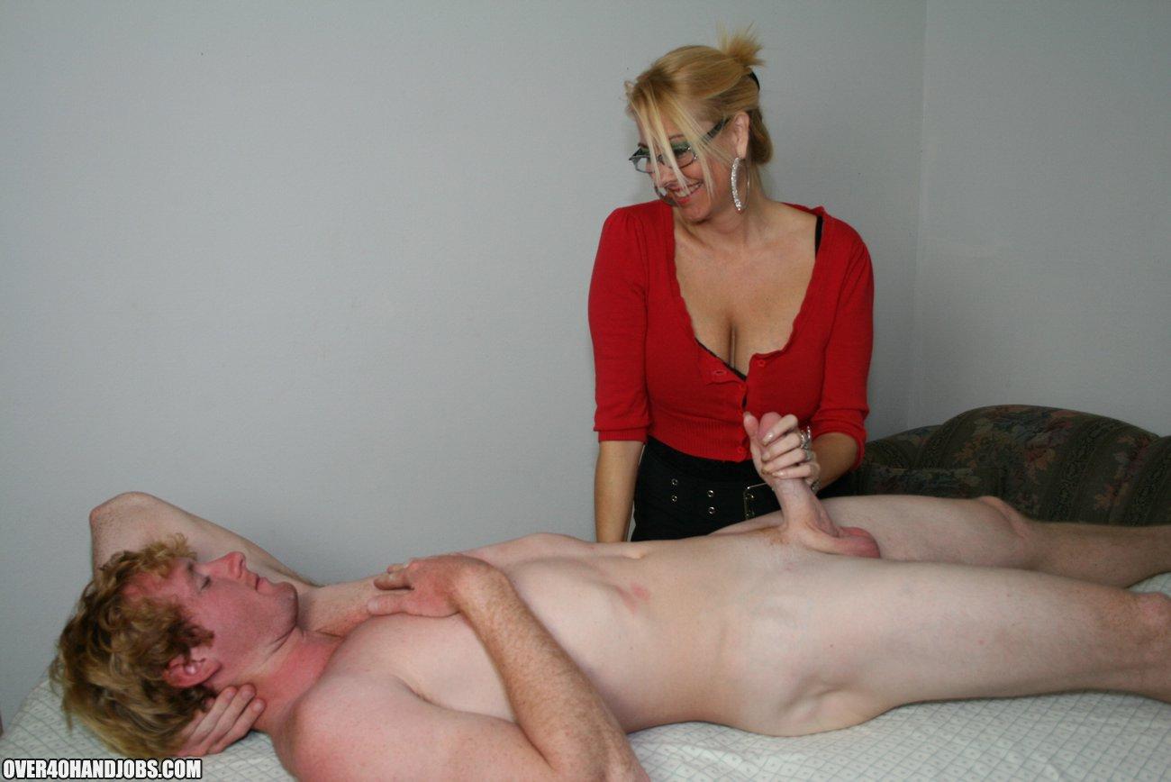 Mom handjob young