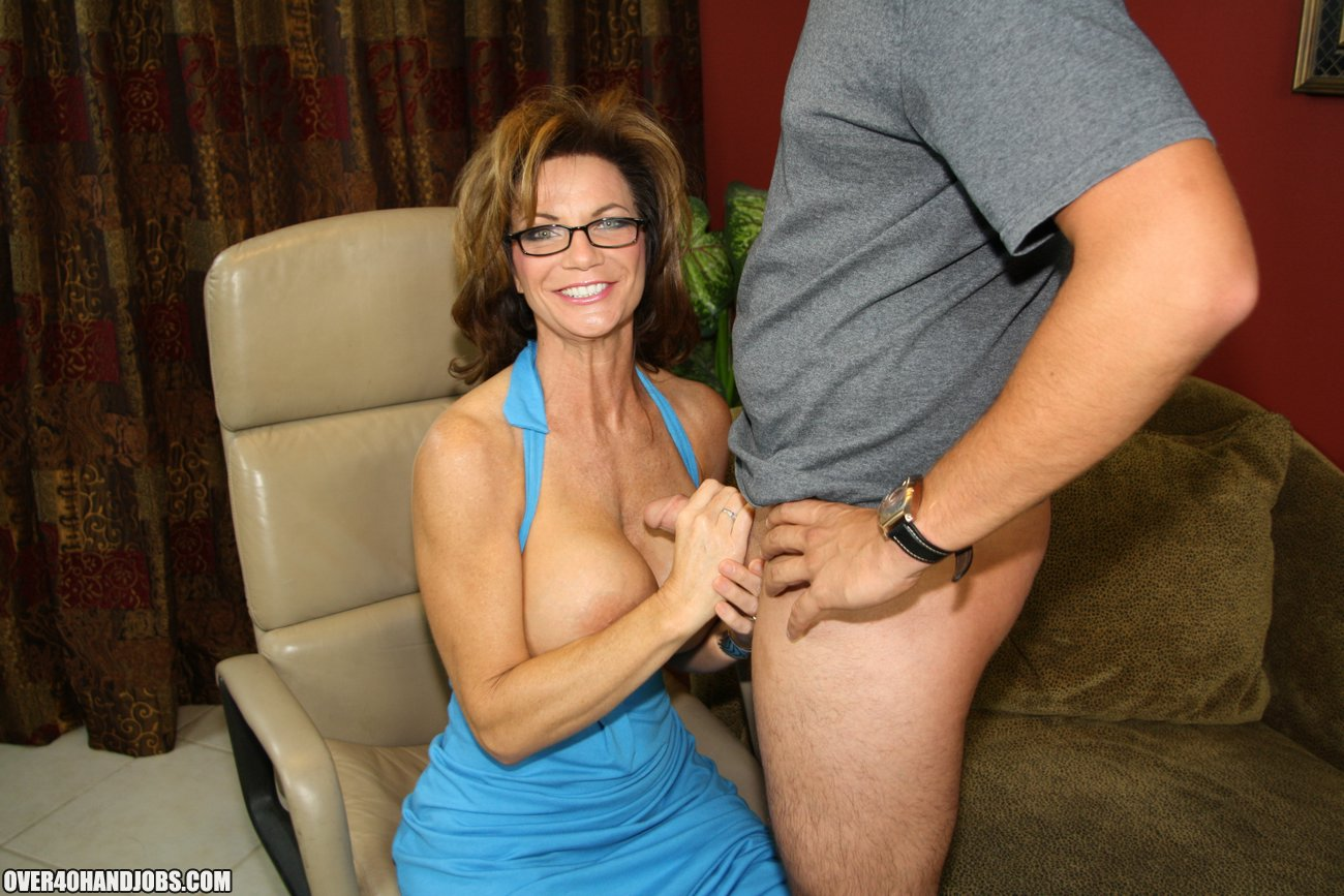 Deauxma Handjob From Over40Handjobs-5606