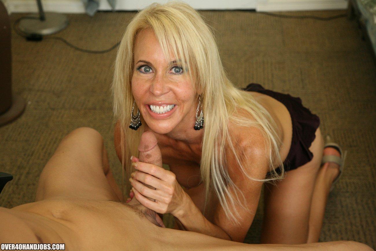 Erica Lauren - Blond milf, der holder en pik på-2570