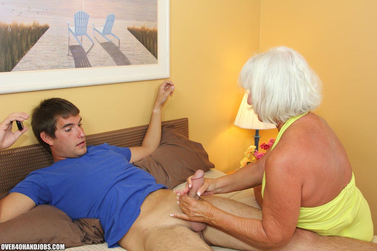 shy uk housewife having an orgasum