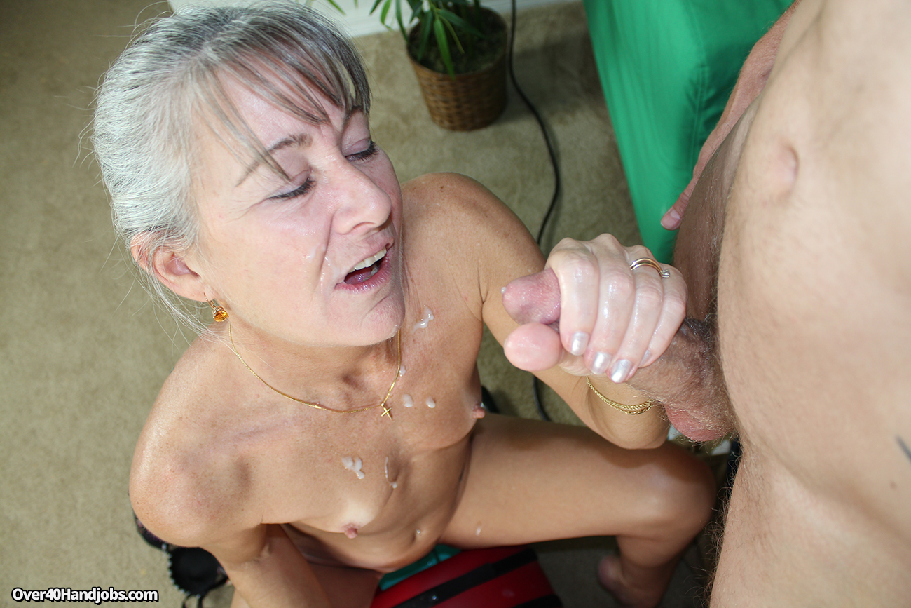 Free mature handjob video gallery apologise