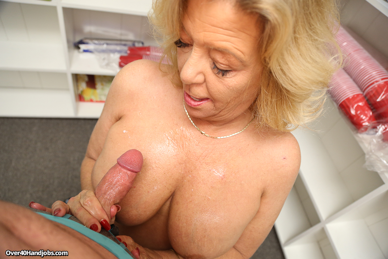 Consider, mature blonde milfs big tits handjob opinion