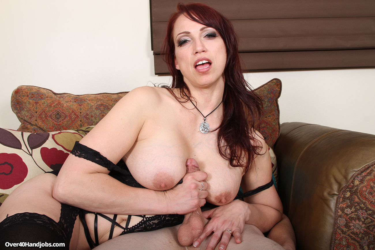 Apologise, hot milf cougar handjob accept