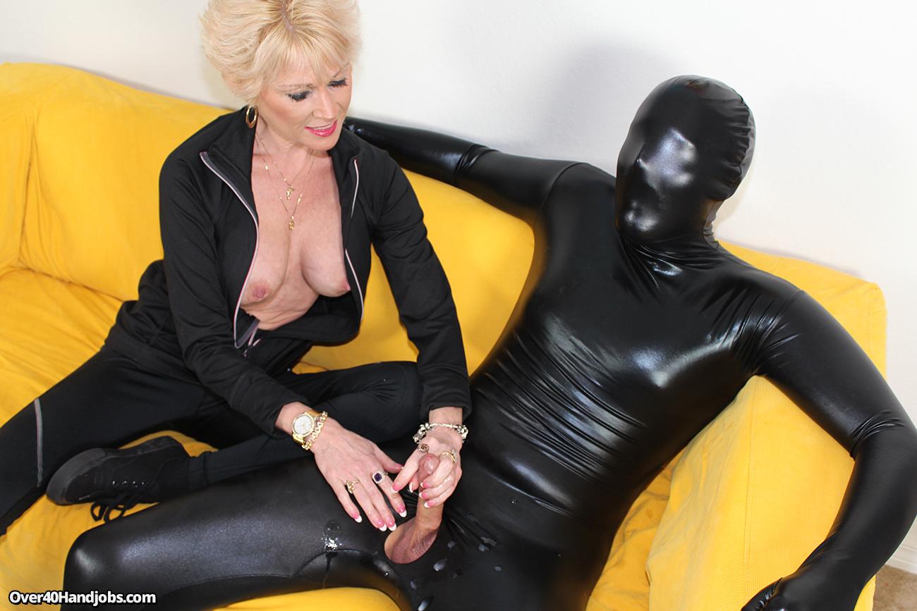 mature-dom-jerks-off-her-slave