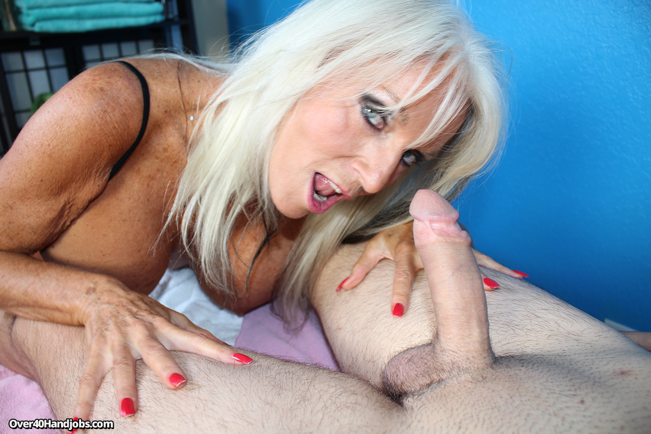 Mature masseuse sally dangelo wildly wanking cock 3