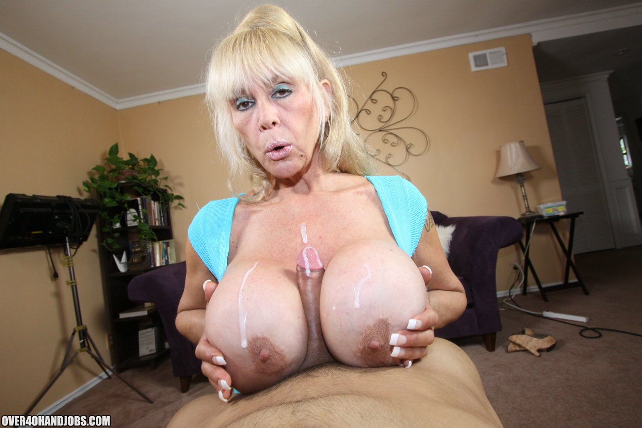 Big mature tits with cum-1663