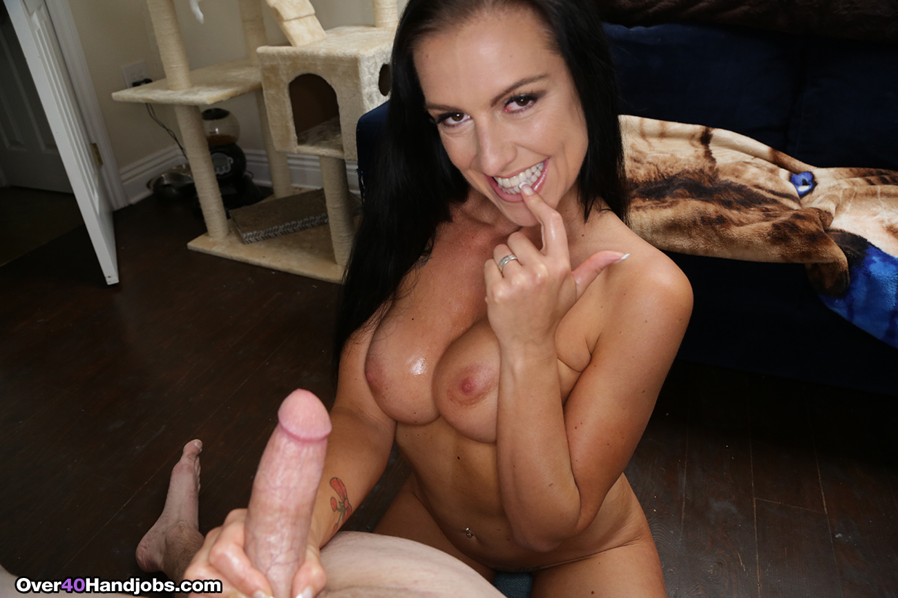 Texas Patti Hand Model Audition At Over40Handjobs-9967