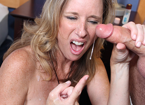 3 Mature Movies - Sexy over 40 milf Jodi West jerks off and handjobs Joey