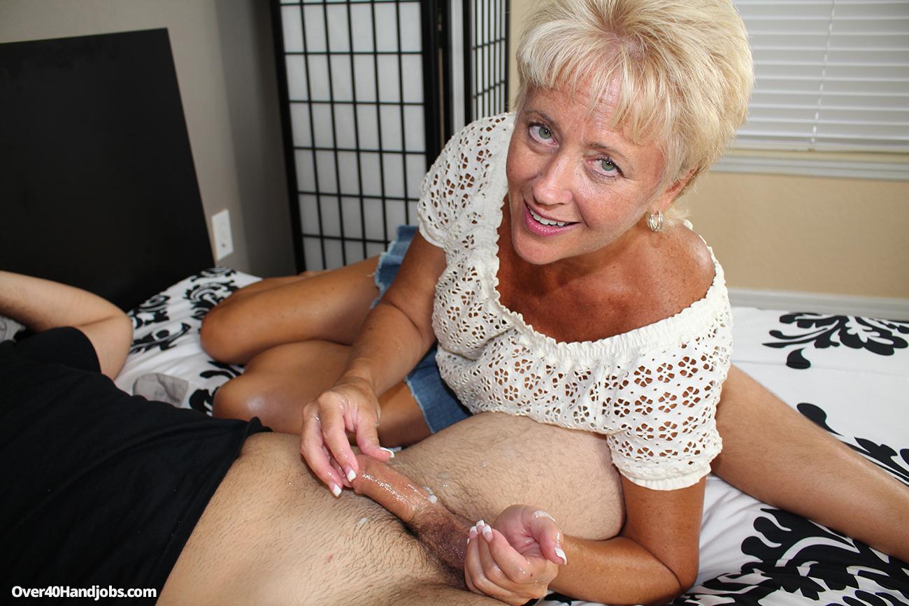 aunt handjob